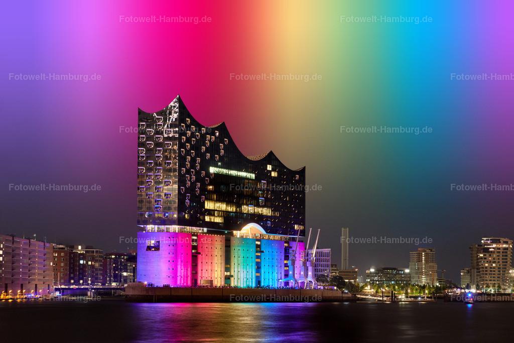 Hamburg Pride | Die zum CSD in Hamburg in Regenbogenfarben beleuchtete Elbphilharmonie. Photoshop Composing.
