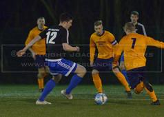 TuS Holtriem - SG Egels-Popens, 03.02.2018 | Fußball, Ostfrieslandklasse A, Staffel 1, Saison 2017/2018, 20. Spieltag, 03.02.2018,TuS Holtriem (schwarz) - SG Egels-Popens (orange)