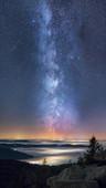 Milchstraße über Nebelmeer