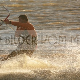 Kitesurfen Bilder | Kite Surfer am Mar Menor