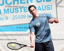 Foto: Michael Stemmer | © Michael Stemmer Tennis-Herren (Oberliga) Datum: 21.5.2016 Yannick Drewel  (SV Halstenbek-Rellingen, SVHR)