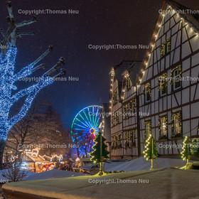 Weihnachtsmarkt_2017_01   Bensheim, Weihnachtsmarkt, Schnee, Adventstimmung, Fussgaengerzone, Riesenrad,  Winter, ,, Bild: Thomas Neu