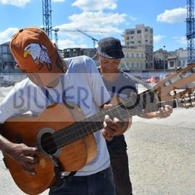 Ständchen am Malecón in Havanna | Kuba Bilder vom Meer