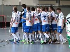 Foto: Michael Stemmer | © Michael Stemmer Floorball, Aufstiegsspiel zur 1. Bundesliga Datum: 22.4.2017 Blau-Weiß 96 Schenefeld– SC DHfK Leipzig Jubel nach dem 5:3  (BW 96)