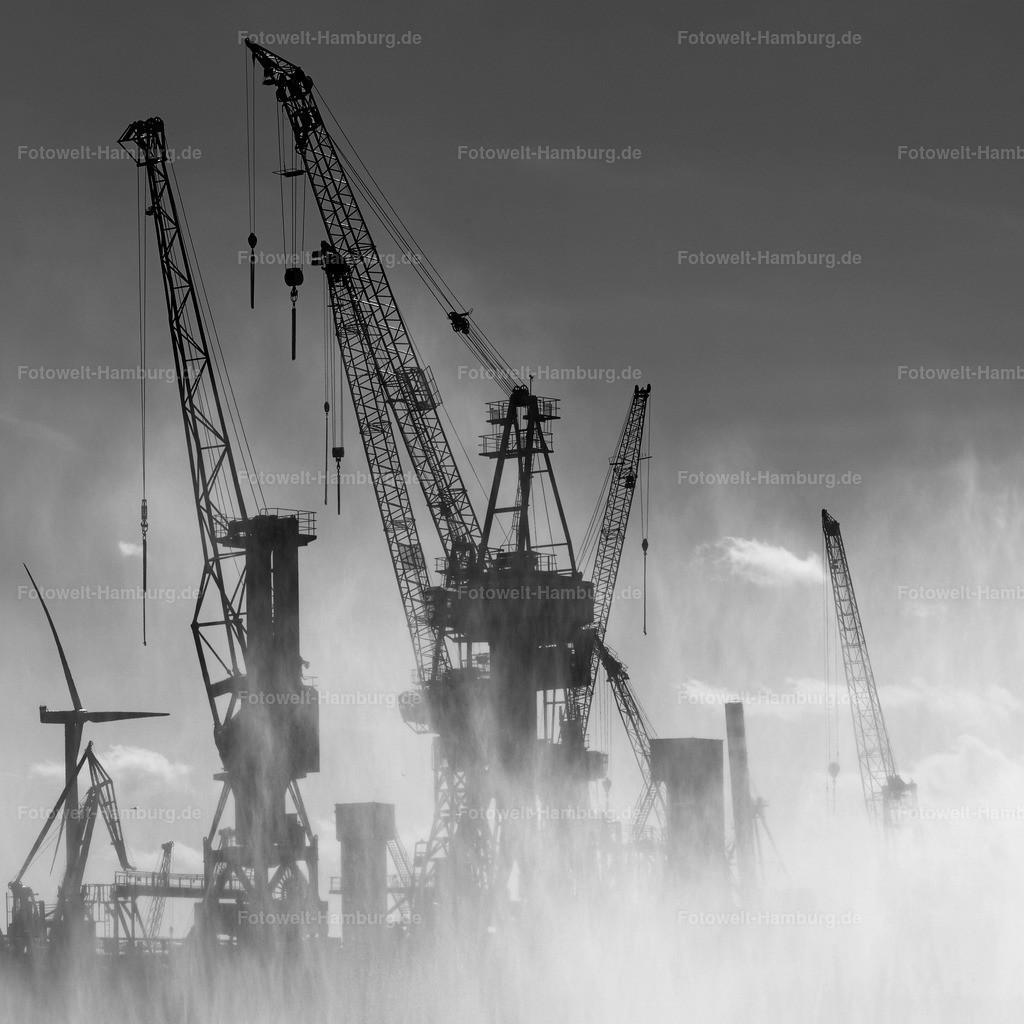 11499133 - Kräne im Hamburger Hafen