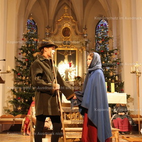 2018_12 Binabiburg Weihnachten 24 Adventsfenster Foto Rudi Plinninger -024
