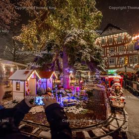 Weihnachtsmarkt_2017_04   Bensheim, Weihnachtsmarkt, Schnee, Adventstimmung, Marktplatz, Winter, ,, Bild: Thomas Neu