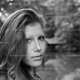 Laura_Dirndl-018