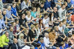 2016_0045_BLM_Finale3_BRVolleysFriedrichshafen | Zuschauer in der Max-Schmeling-Halle