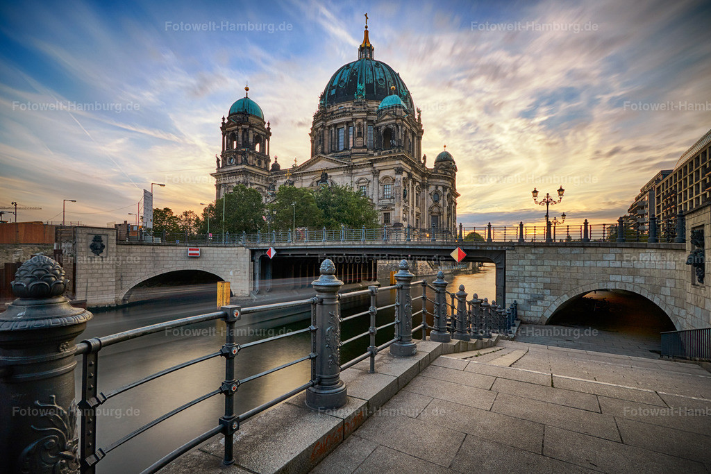 12007500 - Sonnenuntergang am Berliner Dom