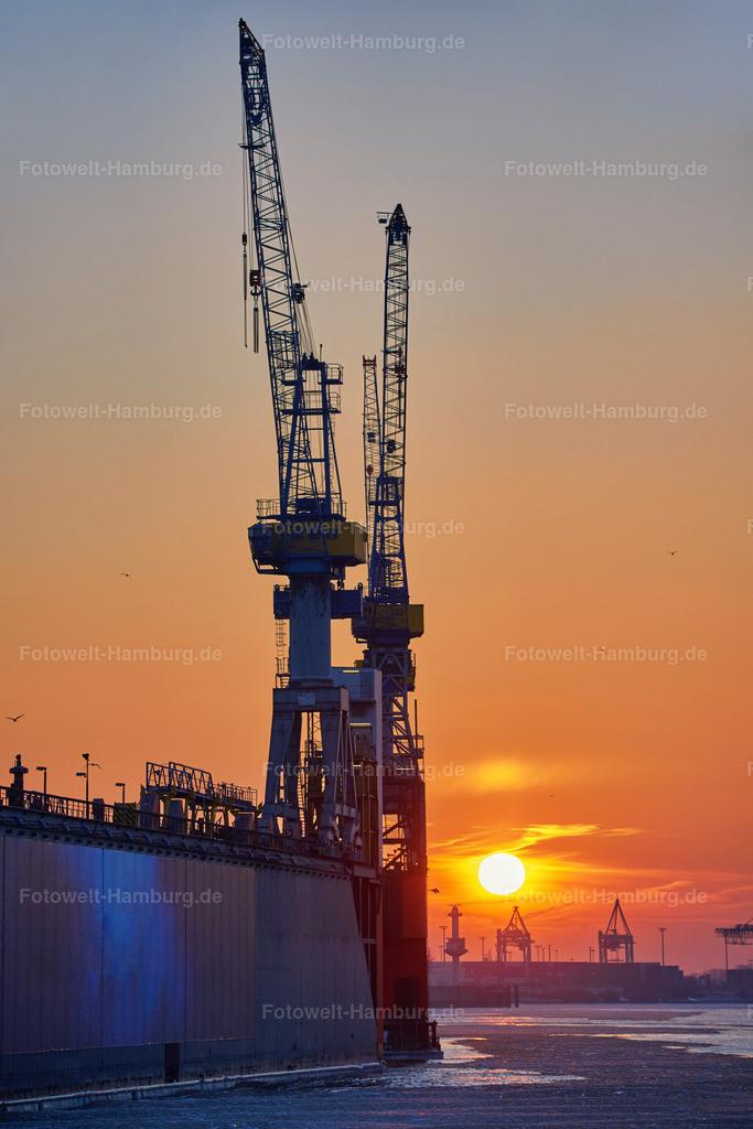 11977861 - Sonnenuntergang an der Elbe