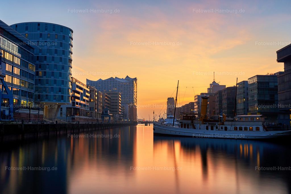 10190315 - Sonnenuntergang im Sandtorhafen