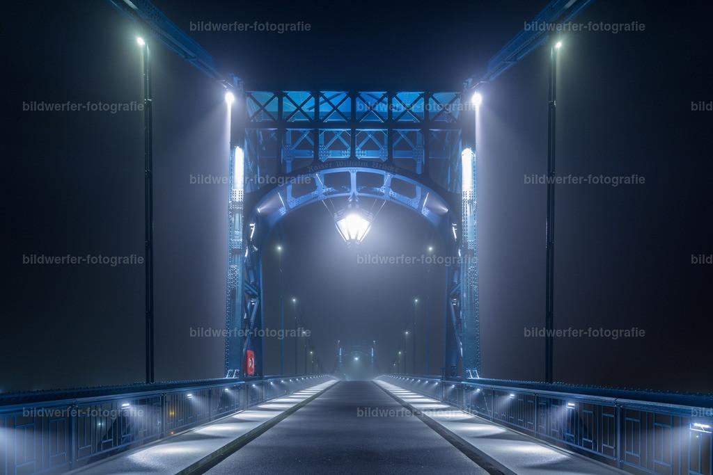 KW-Brücke im Nebel | Kaiser-Wilhelm-Brücke in Wilhelmshaven im Nebel