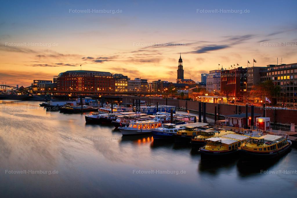 11986228 - Sonnenuntergang am Binnenhafen