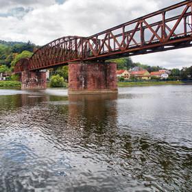 Brücke in Hameln über die Weser HDR