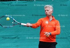 Foto: Michael Stemmer | © Michael Stemmer Tennis, Männer50, Nordliga Datum: 11.6.2016 Tim Suderow   (SuS Waldenau)