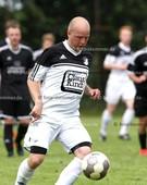 Foto: Michael Stemmer | © Michael Stemmer Fußball Bezirksliga West- Saison 2016- 2017 Datum: 7.8.2016 Spiel: TSV Seestermüher Marsch gegen TSV Sparrieshoop- (weiß) Kay- Torge Hennig (TSV Sparrieshoop)