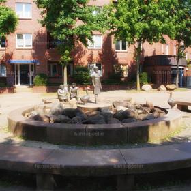 ein platz zum weilen |          ein kleiner Platz zum weilen in Hamburg Brahmfeld in der Lohkoppel