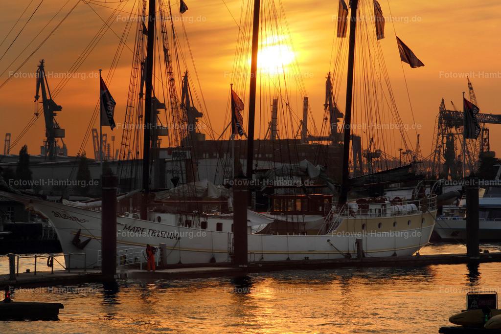 11382321 - Abend im Hamburger Hafen