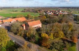 05502_6 | Luftaufnahme der Friedenskirche in 26556 Westerholt, Dornumer Straße, Samtgemeinde Holtriem, Landkreis Wittmund