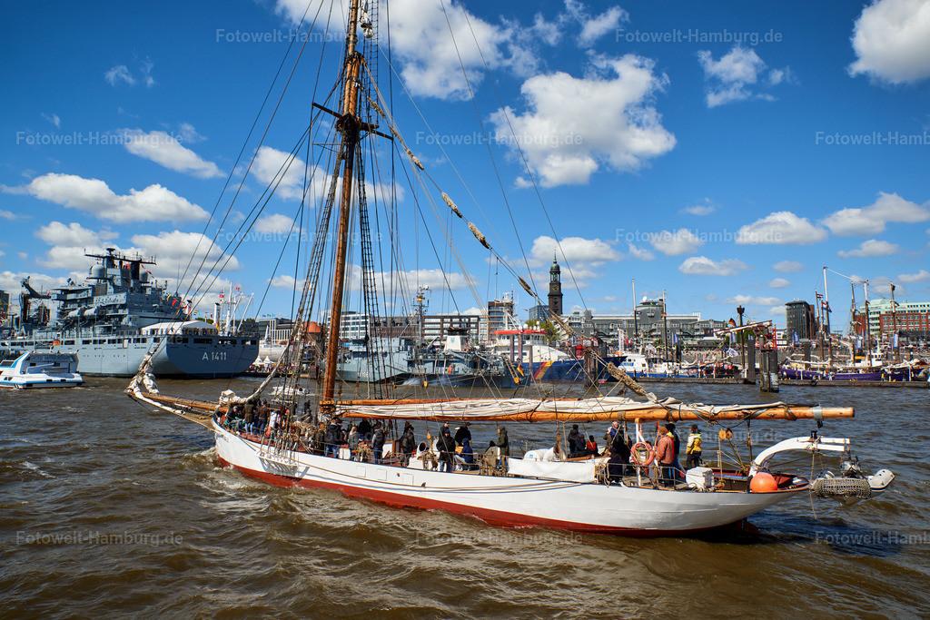 10190508 - Segeln auf der Elbe