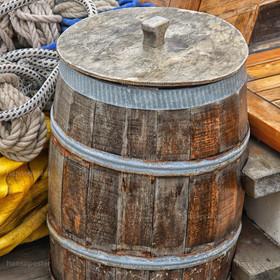 Wassertonne Segelboot