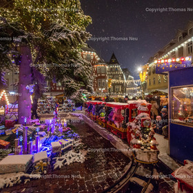 Weihnachtsmarkt_2017_06   Bensheim, Weihnachtsmarkt, Schnee, Adventstimmung, Marktplatz, Winter, ,, Bild: Thomas Neu