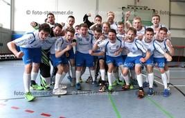 Foto: Michael Stemmer | © Michael Stemmer Floorball, Aufstiegsspiel zur 1. Bundesliga Datum: 22.4.2017 Blau-Weiß 96 Schenefeld– SC DHfK Leipzig  Jubel nach dem Sieg und Aufstieg zur 1. Bundesliga  (BW 96)