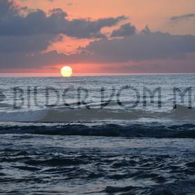 Bilder vom Meer als Wandbild | Sonnenaufgang am Meer als Wandbild