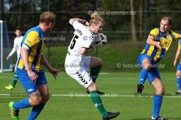 Foto: Michael Stemmer | © Michael Stemmer Datum: 3.10.2017 Fußball, Pokal Tangstedter SV – Wedeler TSV  Theodoros Ganitis  ( Wedeler TSV )