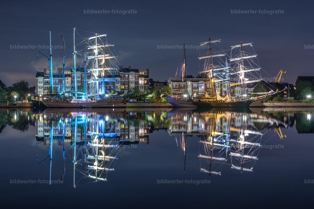 Beleuchtete Segelschiffe | Beleuchtete Segelschiffe beim Wilhelmshaven-Sailing-Cup