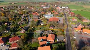 05472_3 | Luftbild der Dornumer Straße in 26556 Westerholt, Samtgemeinde Holtriem, Landkreis Wittmund