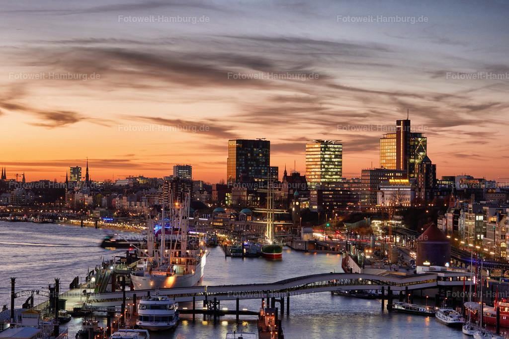 11889099 - Abendlicht über Hamburg | Blick von der Elbphilharmonie Richtung St.Pauli und Altona