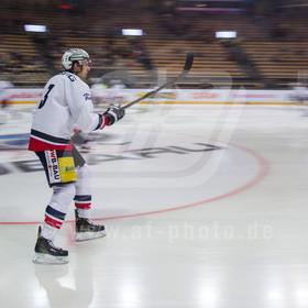 20161230_AF_1D4_9207_edit | Bruno Gervais #3 (Eisbaeren Berlin) beim Warm Up,EHC Red Bull Muenchen vs. Eisbaeren Berlin, Eishockey, DEL, 30.12.2016
