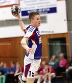 Foto: Michael Stemmer | © Michael Stemmer Handball Schleswig-Holstein Männer, Landesliga Mitte Datum: 16.4.2016 Spiel: HSG Horst/Kiebitzreihe – HSG Eide Harde II Leon Jermis  ( HSG Horst/Kiebitzreihe)