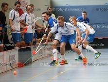 Foto: Michael Stemmer | © Michael Stemmer Datum: 23.9.2017 Floorball (BW 96 gegen Schriersheim) Felix Irrgang (13) und Justus Kamath   (BW 96)
