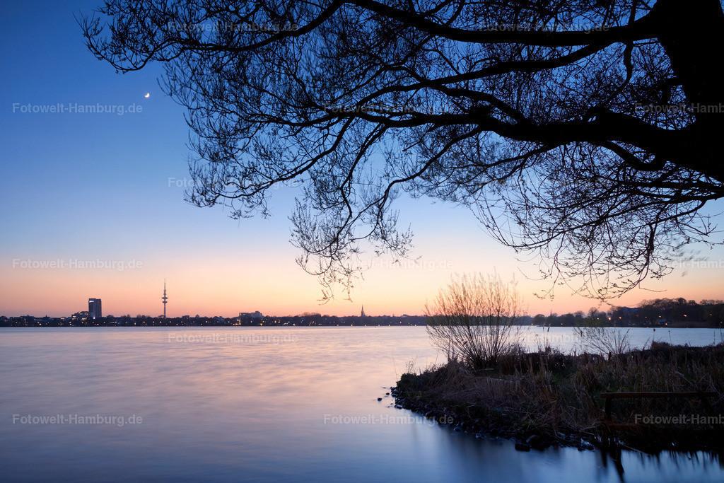 11704758 - Abend an der Aussenalster | Abendliche Stimmung an der Aussenalster in Hamburg