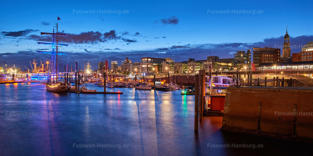12005017 - Blaue Stunde am Niederhafen
