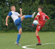 B-Jun., TuS Esens - SV Ankum, 11.09.2016 | Jugendfußball, B-Junioren, Landesliga Weser-Ems, Saison 2016/2017, 4. Spieltag, 11.09.2016, TuS Esens (weiß) - SV Quitt Ankum (rot)