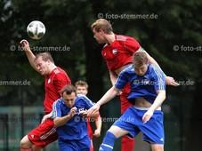 Foto: Michael Stemmer | © Michael Stemmer Fußball Bezirksliga West- Saison 2017- 2018 Datum: 20.8.2017 Spiel: SVHR 2 gegen SSV Rantzau- rot- Till Flemming Bruns- rechts- (SSV Rantzau)