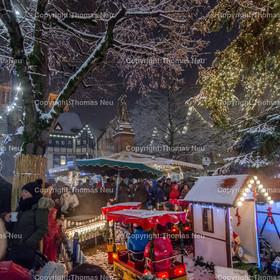Weihnachtsmarkt_2017_05   Bensheim, Weihnachtsmarkt, Schnee, Adventstimmung, Marktplatz, Winter, ,, Bild: Thomas Neu