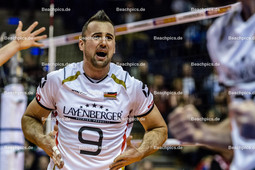 2016_011_OlympiaQualiDeutschland-Serbien | Jubel beim deutschen Kapitän GROZER György Gyoergy (#9 Deutschland)