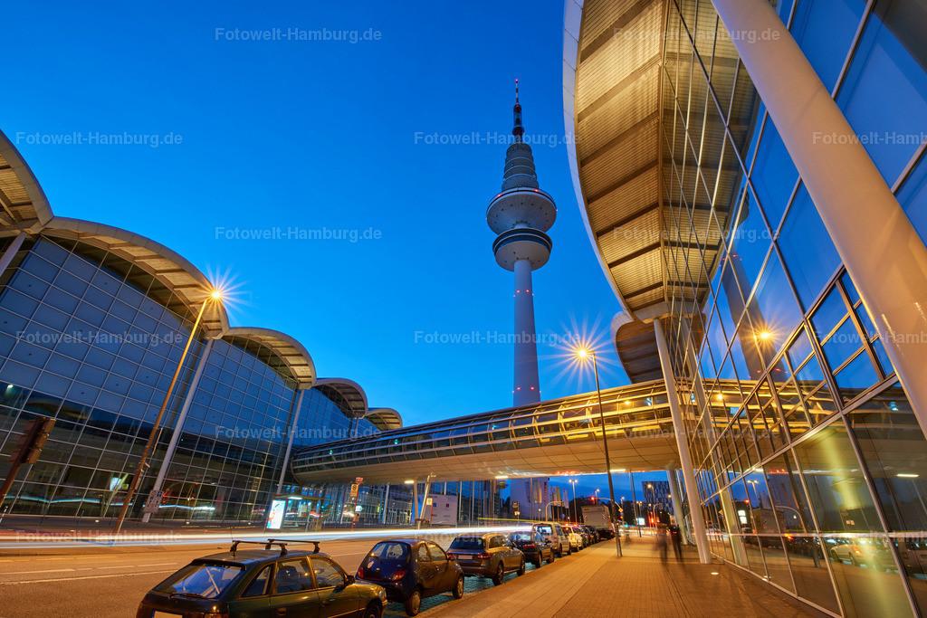 12011260 - Fernsehturm zur blauen Stunde
