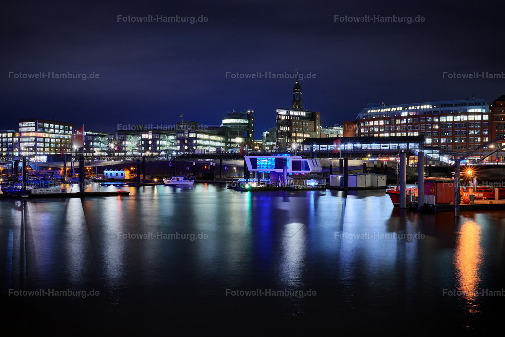 12027620 - Niederhafen bei Nacht | Blick über den Niederhafen in Hamburg auf den Baumwall