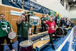 2016_009_BLM_PrePlayOff_Netzhoppers-Mitteldeutschland | die Trommler sorgen für Stimmung in der Landkostkost-Arena