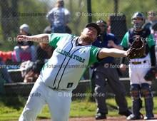 Foto: Michael Stemmer | © Michael Stemmer Baseball, Verbandsliga  Datum: 30.4.2017 Spiel: Elmshorn Alligators – Flensburg Baltics Coach  Dennis Scherfisee  (Elmshorn Alligators)