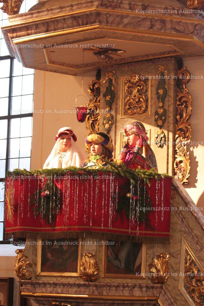 2018_12 Binabiburg Weihnachten 24 Adventsfenster Foto Rudi Plinninger -012