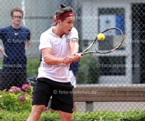Foto: Michael Stemmer | © Michael Stemmer Tennis Herren Verbandsliga Datum: 9.7.2016 Finn Meinecke  (TSC Halstenbek)