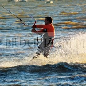 Kitesurfen Bilder | Kite Surfer in san Pedro del Pinatar, Spanien