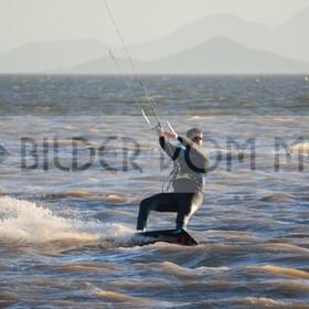 Kitesurfing Bilder vom Meer | Kite Bilder San Pedro del Pinatar, Mar Menor, Spanien